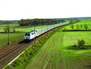 25 Eisenbahn-Shuttelzüge verlassen Göteborg Tag für Tag. Damit haben die Verlader in ganz Schweden und Norwegen einen direkten umweltfreundlichen Zugang zum grössen Hafen im Norden.