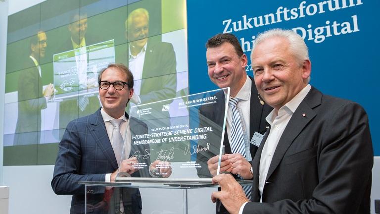 Podium mit Dobrindt und Grube zur Zukunft digital